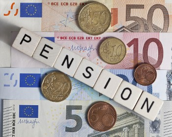 GeldmitWortPension_shutterstock_158713205.jpg